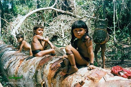 کودکان شاد آمازونی