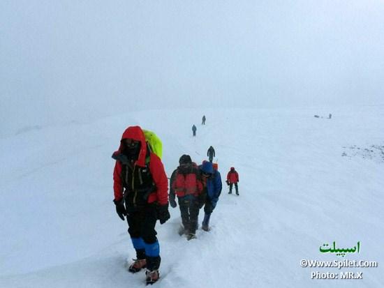 همسفران اسپیلت البرز در راه صعود
